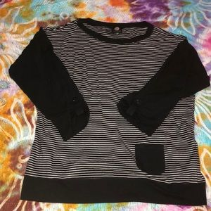 3/4 sleeve striped top with pocket